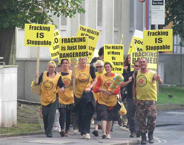 anti-fracking nanas